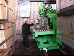 """""""Makino"""" nc milling  型式:BN2-85-A6 年式:1988年製 XYZ:850*500*400, T:1350*575,  10~4000rpm, NT50"""