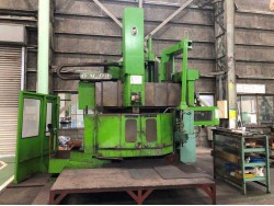 """Om"" Vertical Lathe Model  TM2-12N Year 1981 Table Diameter 1,250 mm. Maximum turning outer diameter 1,600 mm."