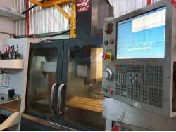 ขาย ด่วน CNC Machining center HAAS VF-2