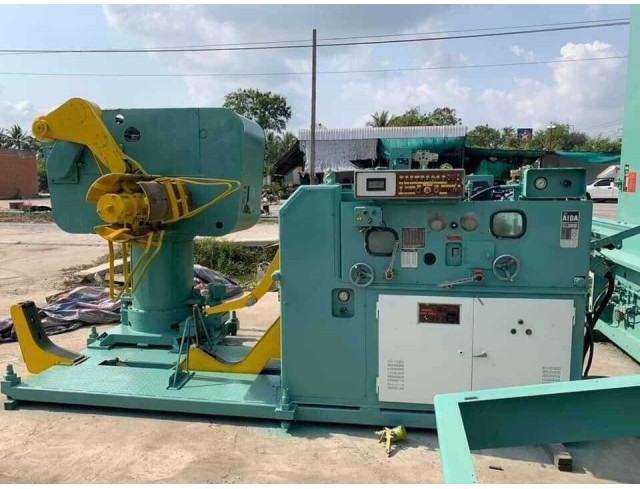 Feeder 3in 1 AIDA 600 mm thickness 4.5. Double coil Y.1988.12 Feeder 3in 1 AIDA 600 mm thickness 4.5. Double coil Y.1988.12